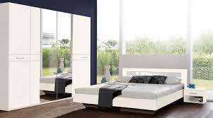 Schlafzimmer Komplett Mit Eckkleiderschrank Funvit Com Wohnzimmer Schwarz Weiss Modernes Schlafzimmer Mit