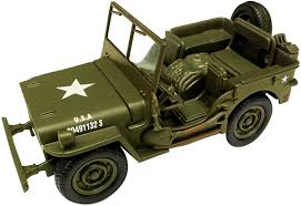 amphibious jeep ww2 amazon com classic armour willys jeep 1 32 toys u0026 games