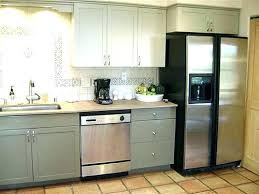 how much does it cost to respray kitchen cabinets spray paint kitchen cabinets cost price to paint kitchen cabinets