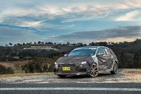 video 2018 hyundai i30 n prototype tackles mount panorama