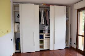 guardaroba ante scorrevoli prezzi armadio 4 ante scorrevoli idee di design per la casa gayy us