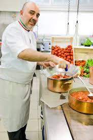 cours de cuisine avec un chef l abonnement de 7 séances de cours de cuisine avec le chef chez