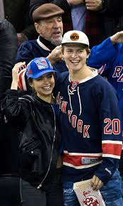 new york rangers fans nhl fever celebrity hockey fans cheer on their favourite teams