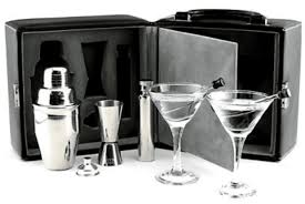 The 8 best travel bar sets to buy in 2018