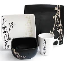 my favorite black and white dinnerware sets