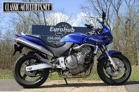 honda hornet honda u0027s hornet dynasty classic motorbikes