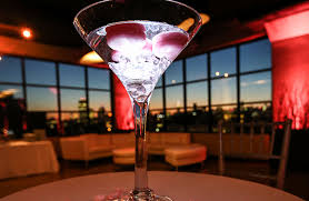 martini glass centerpieces gallery centerpieces flowers sweet 16 bar mitzvah bat mitzvah