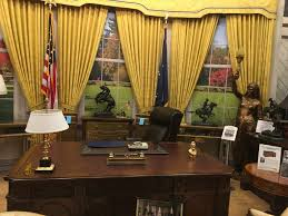oval office tour warner brothers u0027 studio tour best in town hoffy tours