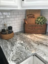 Brown Subway Tile Backsplash by Best 25 Brown Granite Ideas On Pinterest Tan Kitchen Cabinets