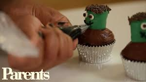 Mini Halloween Cakes by Easy Halloween Treat Mini Monster Cupcakes Parents Youtube