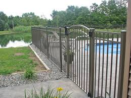 pool fence temporary