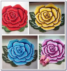 flower shaped bath rug rugs home design ideas yonrgzrm8q60449