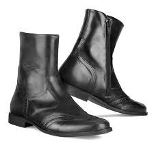 black leather moto boots motorcycle boots in waterproof full grain leather stylmartin urban