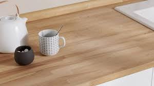 cuisine avec plan de travail en bois plan de travail en bois choix et entretien côté maison