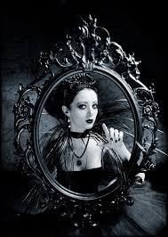 Mirror Mirror On The Wall Snow White Mermaid Photo Shoots Mirror Mirror Snow White And Snow
