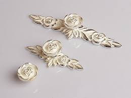 Shabby Chic Drawer Pulls by Shabby Chic Dresser Drawer Knobs Pulls Handles Creamy White Silver