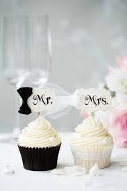 25 cupcake wedding favors ideas best 25 wedding cupcake toppers ideas on wedding