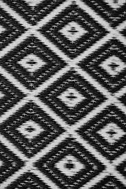Woven Plastic Outdoor Rugs by Indoor Outdoor Rug Nirvana Black U0026 White U2013 Allissias Attic