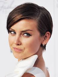 hair styles for pointy chins the top 8 haircuts for heart shaped faces allure