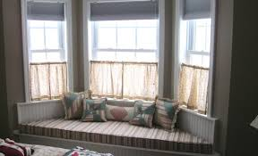 Bay Window Curtain Designs Bay Window Curtains Design Ideas Advice For Your Home Decoration
