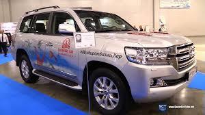 Toyota Land Cruiser V8 Exterior Walkaround 2016 Moscow
