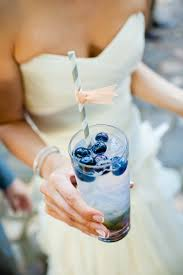 something blue ideas the luckiest something blue wedding ideas for modern brides