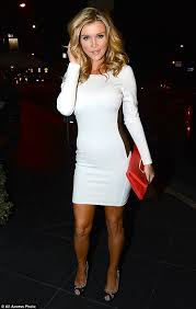 joanna krupa shows off curvaceous figure in form fitting dress