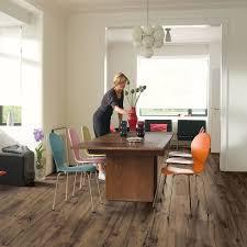 Reclaimed Oak Laminate Flooring Uw1544 Reclaimed Chestnut Brown Planks Beautiful Laminate