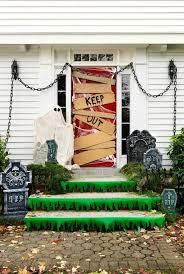 Easy Home Halloween Decorations Best 25 Diy Halloween Door Decorations Ideas On Pinterest