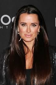 kyle richards hair extensions kyle richards debut s new haircut what do you think the real