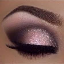 maquillage mariage yeux bleu voici 10 idées de maquillage pour sublimer les yeux verts lequel