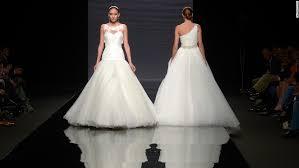 want a happy marriage have a big cheap wedding cnn