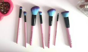 some kinda pink these spectrum makeup brushes are affordable magic