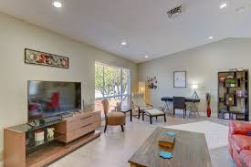 stunning 4 bedroom close to downtown u0026 the strip vacation rental