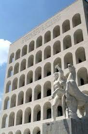si e lvmh mffashion com lvmh si regala palazzo civiltà per fendi roma