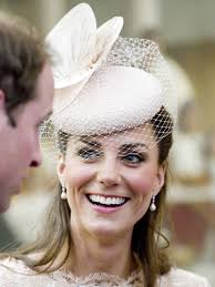 earrings kate middleton kate middleton s 48 pearl jubilee earrings sell out in less