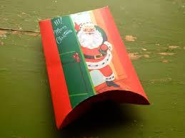 momathon blog diy free vintage santa pillow box printable