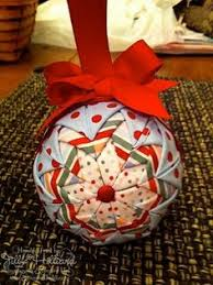 Quilted Christmas Ornaments To Make - free pattern u2013 quilted christmas ornaments no sew with a video