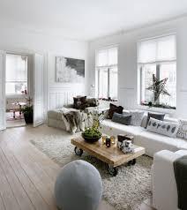 Size Of Rug For Living Room Living Room Best Area Rugs For Hardwood Floors Chandelier Living