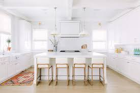White Modern Farmhouse Interiors Home Bunch  Interior Design Ideas - Modern farmhouse interior design