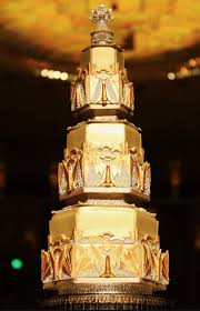art deco wedding cake silver gold deco weddings