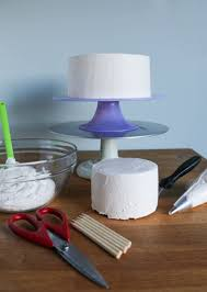 wedding cake tutorial how to a wedding cake with buttercream tutorial