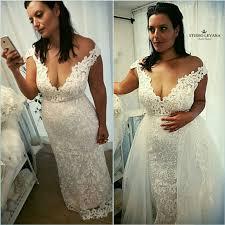 curvy wedding dresses curvy wedding dresses show popular wedding dress 2017