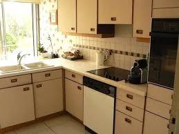 peinture pour meubles de cuisine en bois verni peinture pour meuble cuisine 5 racponses peinture pour meuble de