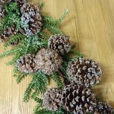 pine cone table decorations 21 best christmas table decorations images on