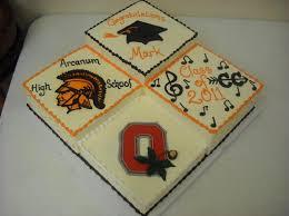 the cakery of dayton multiple square graduation cake