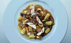 vegan mushroom gravy recipe dishmaps gnocchi in a porcini mushroom with parmesan sauce