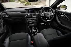 nissan infiniti 2016 infiniti unveils mercedes based q30 crossover in frankfurt auto