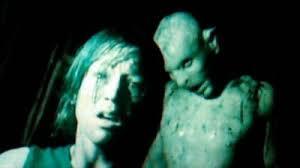 film petualangan wanita 20 film horror super ekstrim yang wajib lo tonton cerpin