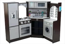 cuisine bois kidkraft grande cuisine pour enfant cuisine cuisine adventures mini quiche